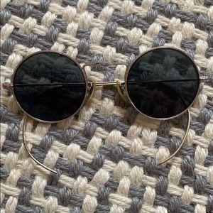 Accessories - Antique Gold Round Sunglasses